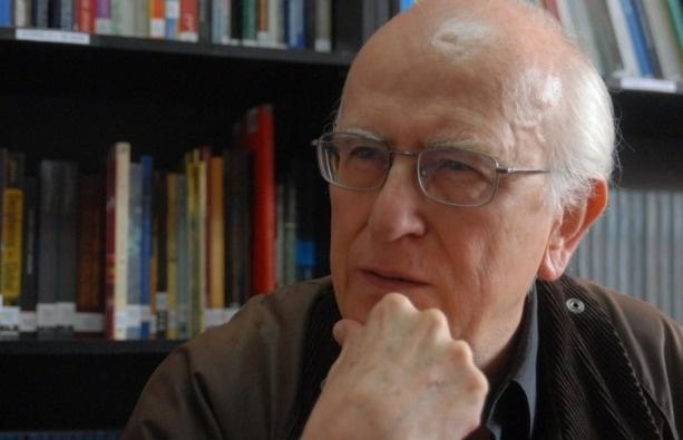 Roger Bartra expresa que AMLO pone en peligro la libertad de expresión