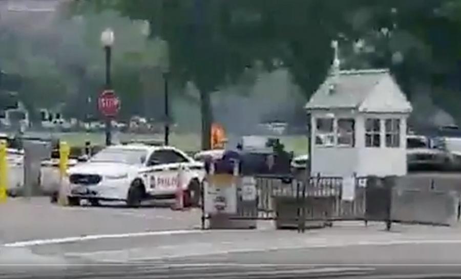 Sujeto se prende fuego en las afueras de la Casa Blanca