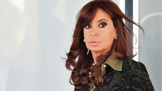 Jueza rechaza llevar caso de Cristina Fernández