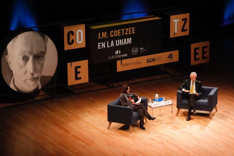 Coetzee, Nobel de literatura 2003, habla en la UNAM sobre los refugiados