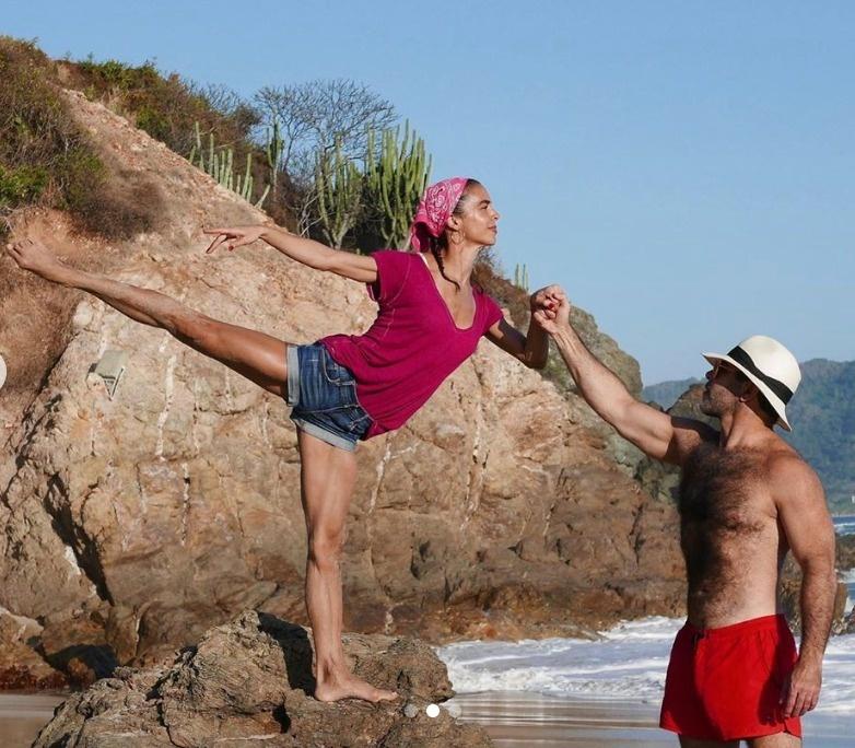 Biby Gaytán presume sus vacaciones en redes sociales