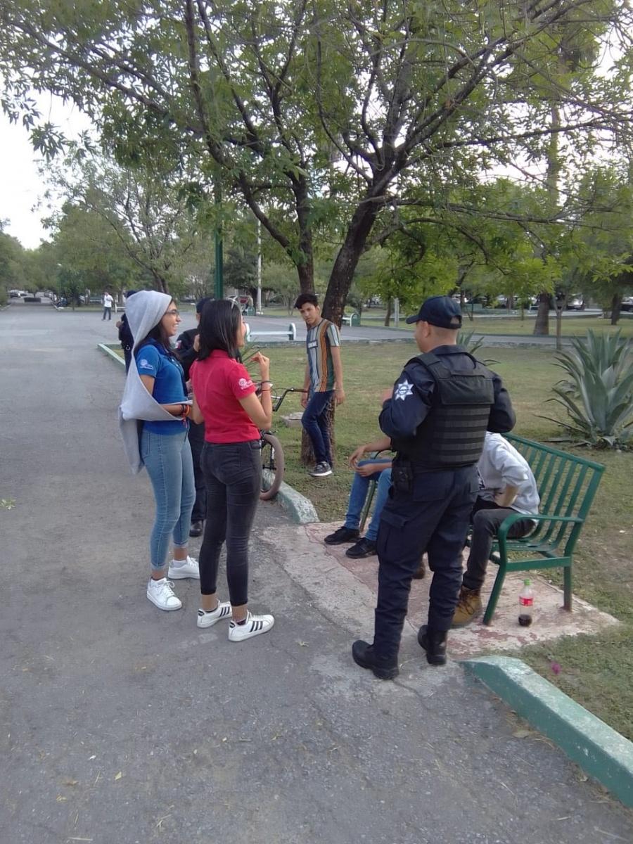 Policía de Monterrey invita a ciudadanos a retirarse de las calles