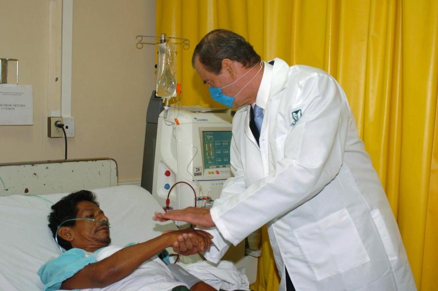 Sector Salud gasta 16 mil mdp anuales en hemodiálisis