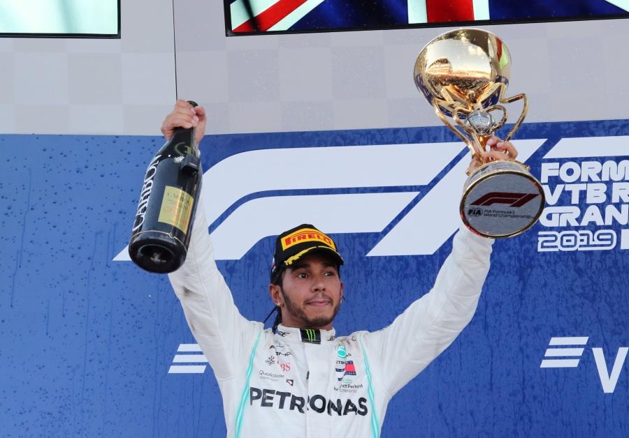 Hamilton se corona en el GP de Rusia