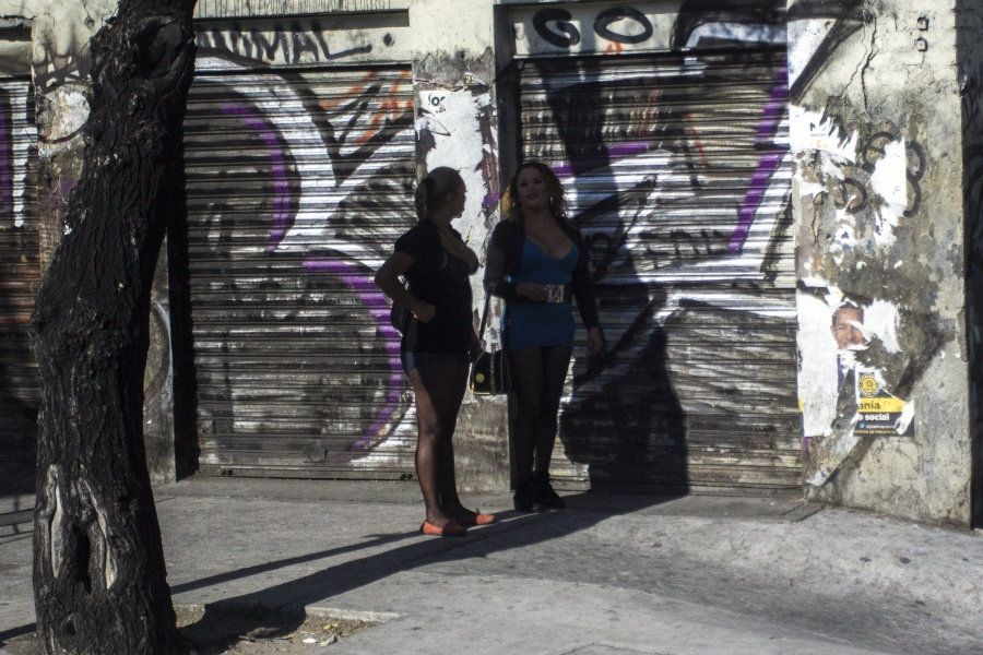 Detiene PGJ a mujer por trata en Iztapalapa