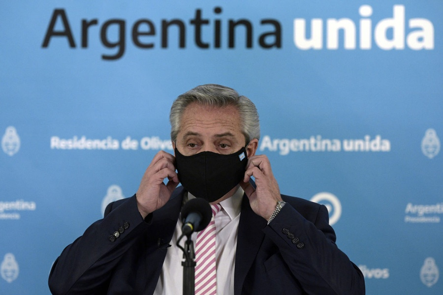 Alberto Fernández, presidente de Argentina, aislado por contacto con caso Covid-19