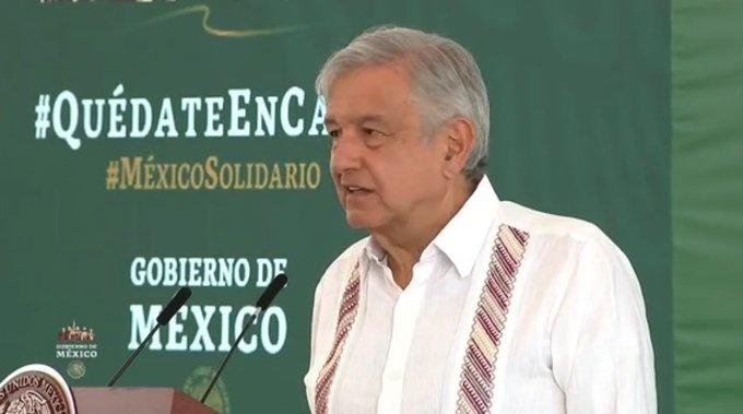 AMLO agradece acompañamiento de Beatriz Gutiérrez en gira por el norte del país