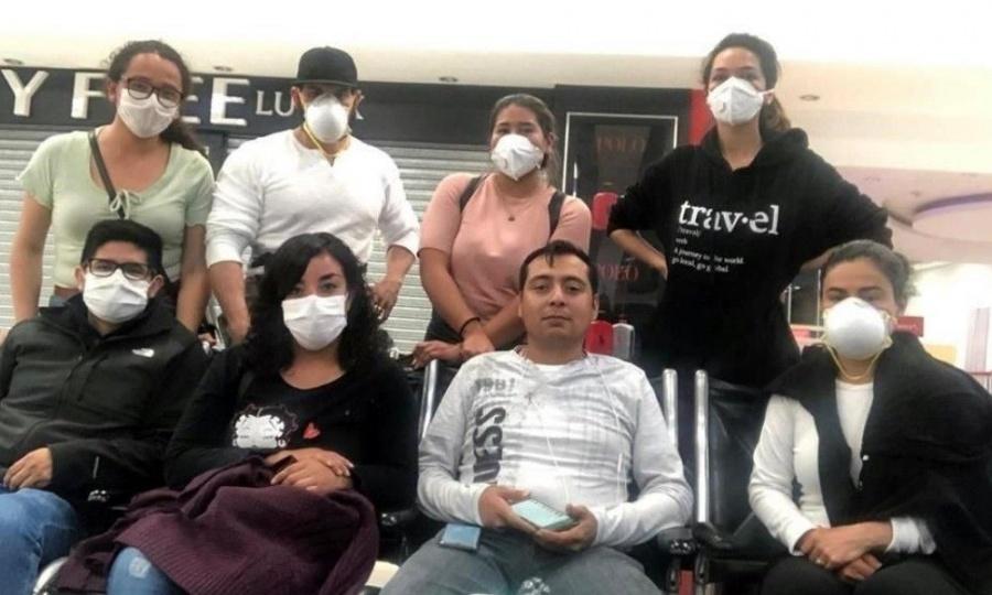 Mexicanos varados en El Salvador son trasladados para poder retornar al país