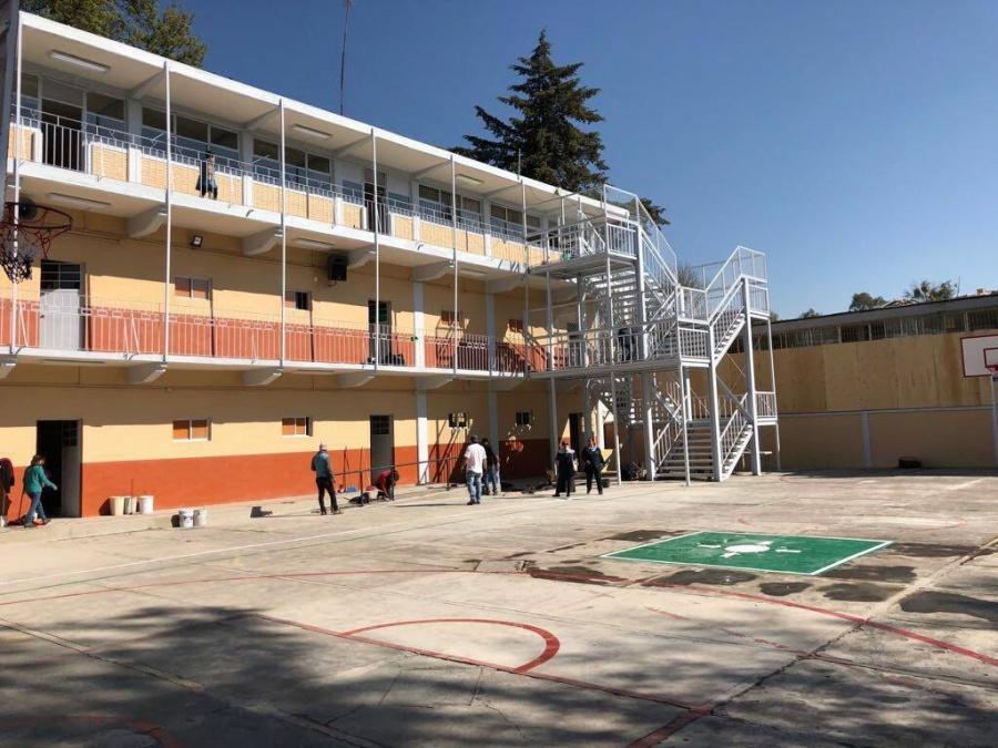 Sugiere López Obrador desaparecer Inifed y entregar recursos de escuelas directo a padres