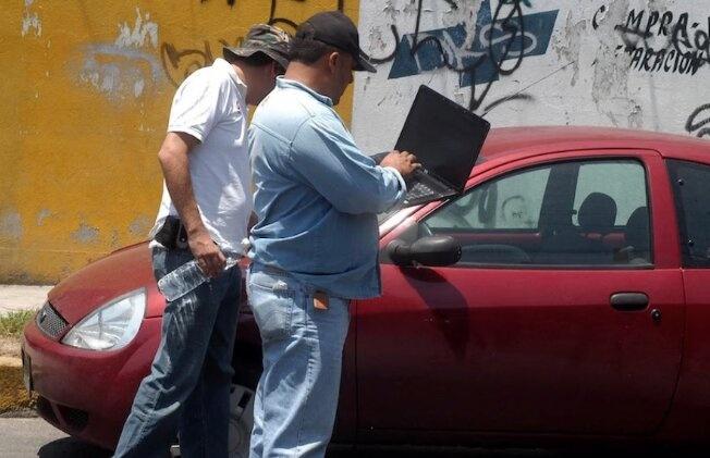 "Detienen a siete por robo en Iztapalapa; fingían vender autos ""baratos"""
