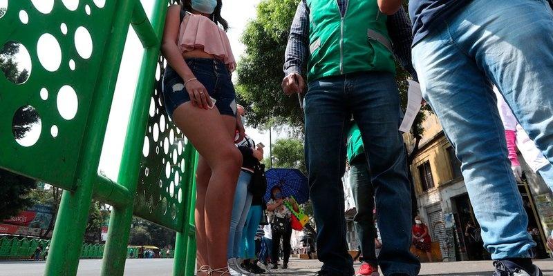 Sexoservidoras reciben tarjetas de apoyo por Covid-19