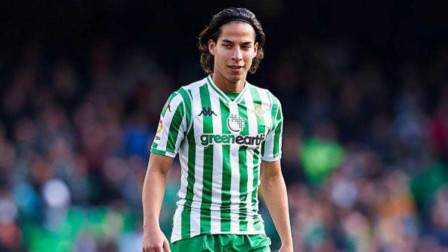 Diego Lainez se roba los reflectores en su regreso a la titularidad con el Real Betis