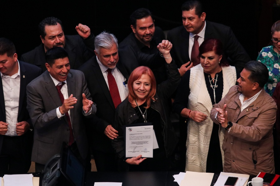 Celebra AMLO que Rosario Piedra asuma presidencia de CNDH