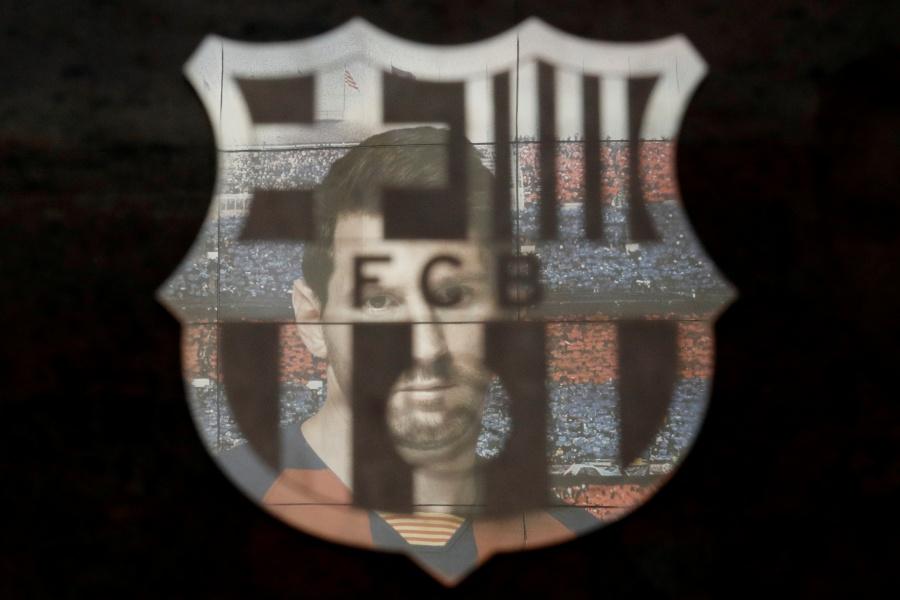 Barcelona reducirá salarios de futbolistas por coronavirus