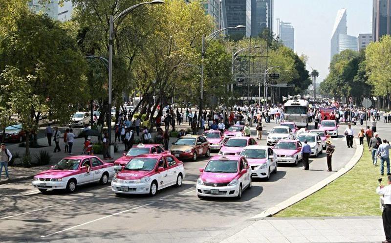 Por descontrol, exigen exámenes a taxistas