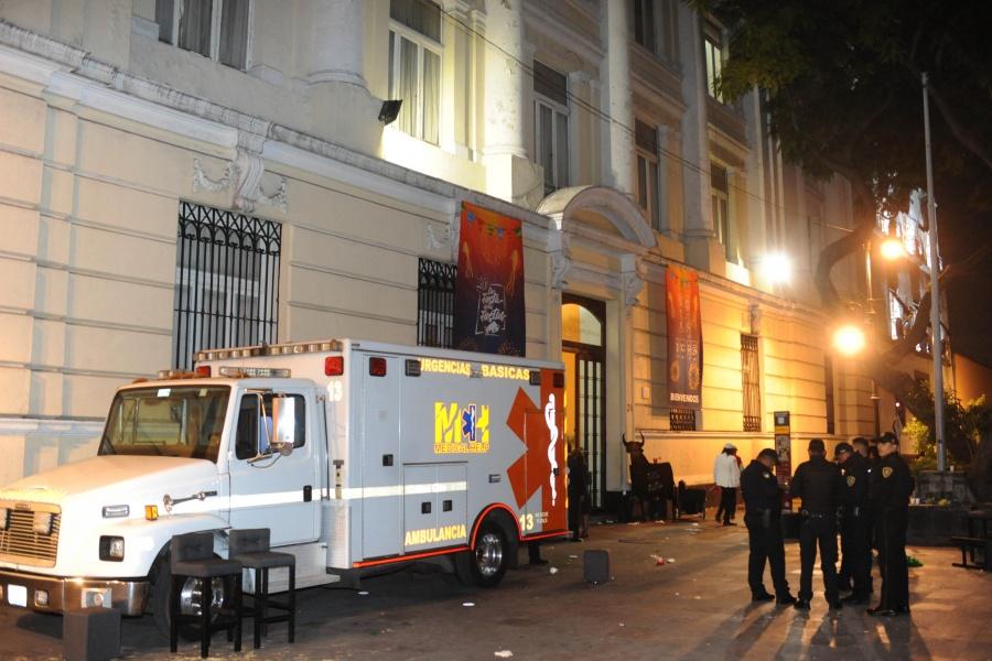 Fiesta en el Centro Histórico deja personas intoxicadas por champán