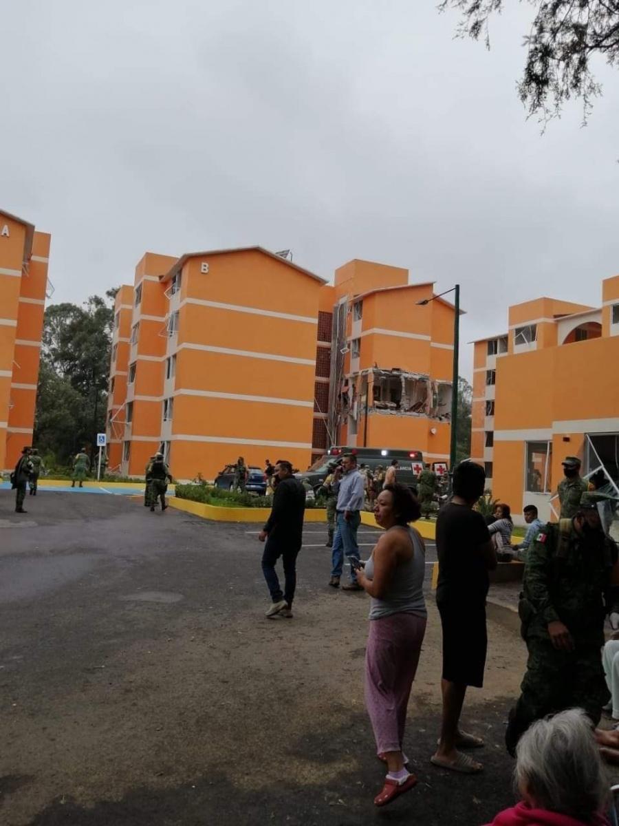 Explosión en condominio militar deja 10 lesionados