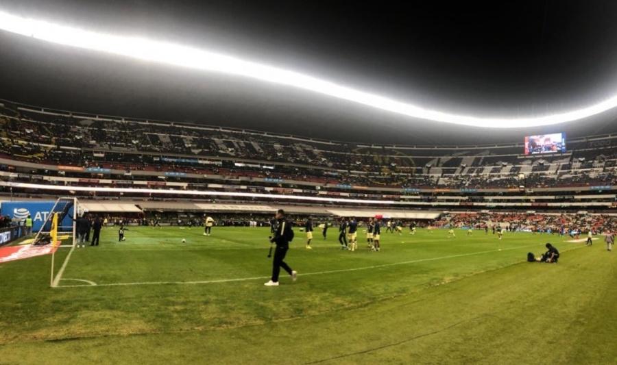 A días de la final, césped del Estadio Azteca en malas condiciones