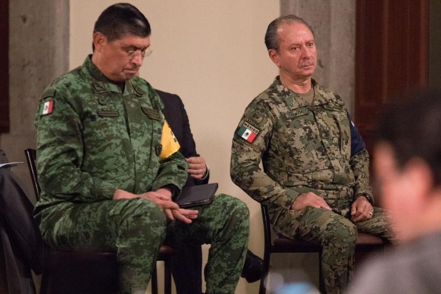 """""""Tienen mi confianza"""": AMLO respalda a titulares de Semar y Sedena tras detención de Salvador Cienfuegos"""