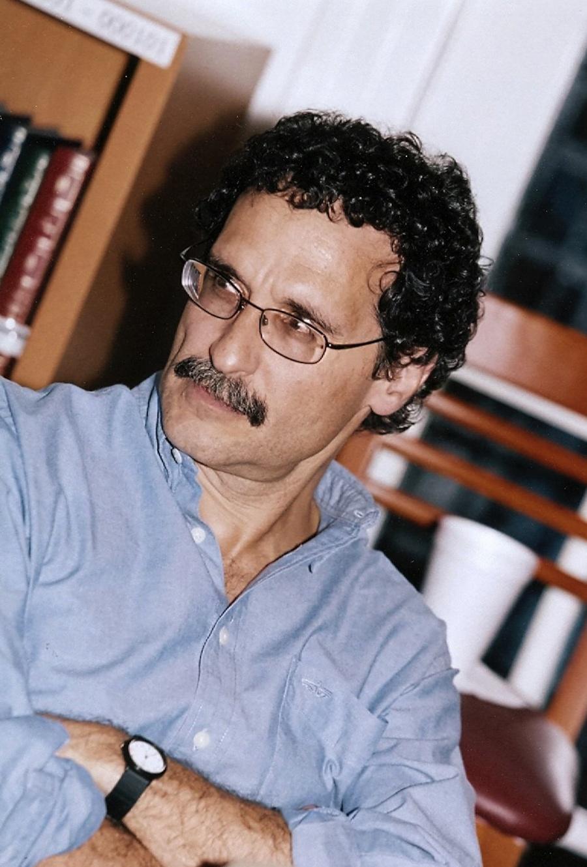 Fabio Morábito recibe el Premio Xavier Villaurrutia