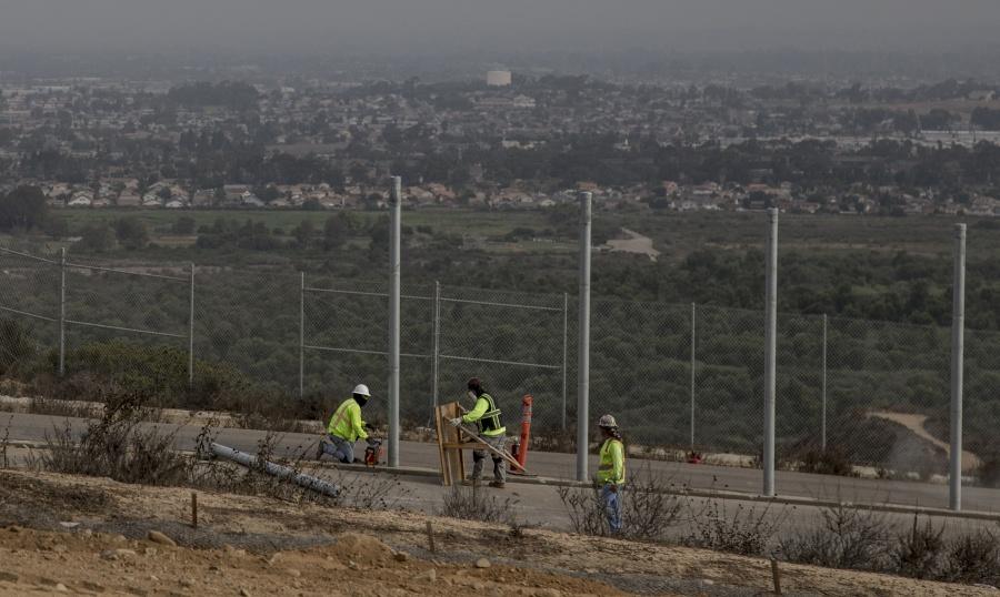 La masacre de la familia LeBarón demuestra la necesidad de construir el muro, asegura Donald Trump
