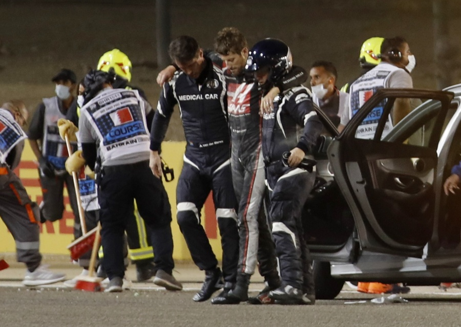 FIA investiga accidente de Grosjean mientras se realizan cambios en pista de Baréin