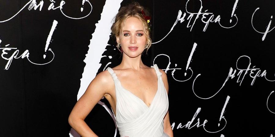 El vestido de novia de Jennifer Lawrence tuvo su propia habitación de hotel