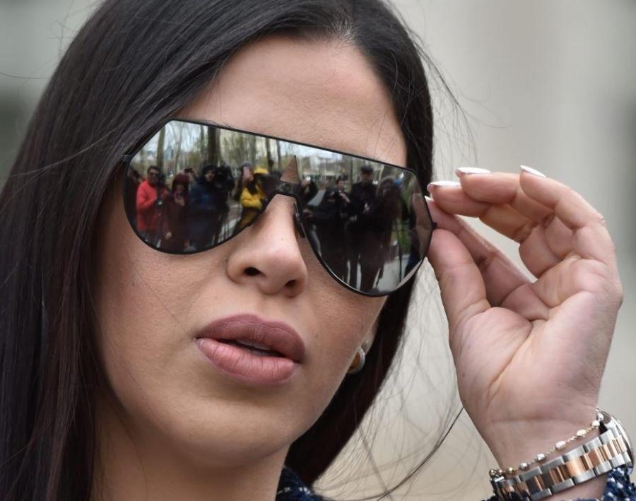 Difunden imagen de Emma Coronel, tras captura de 'El Chapo' en 2014