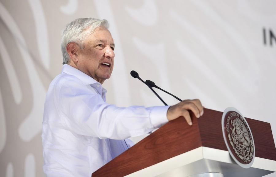 AMLO responde a Francisco Martín Moreno tras dichos contra morenistas