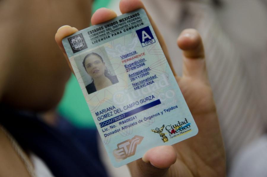 Buscan endurecer normas para otorgar licencias de conducir