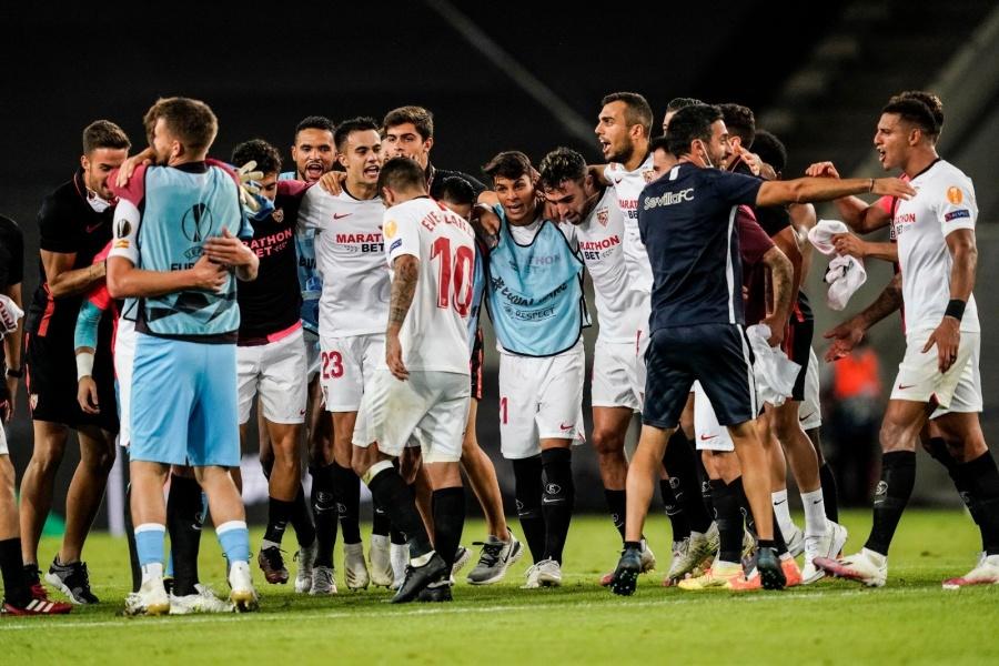 Sevilla se impone al Man United y es el primer finalista de Europa League