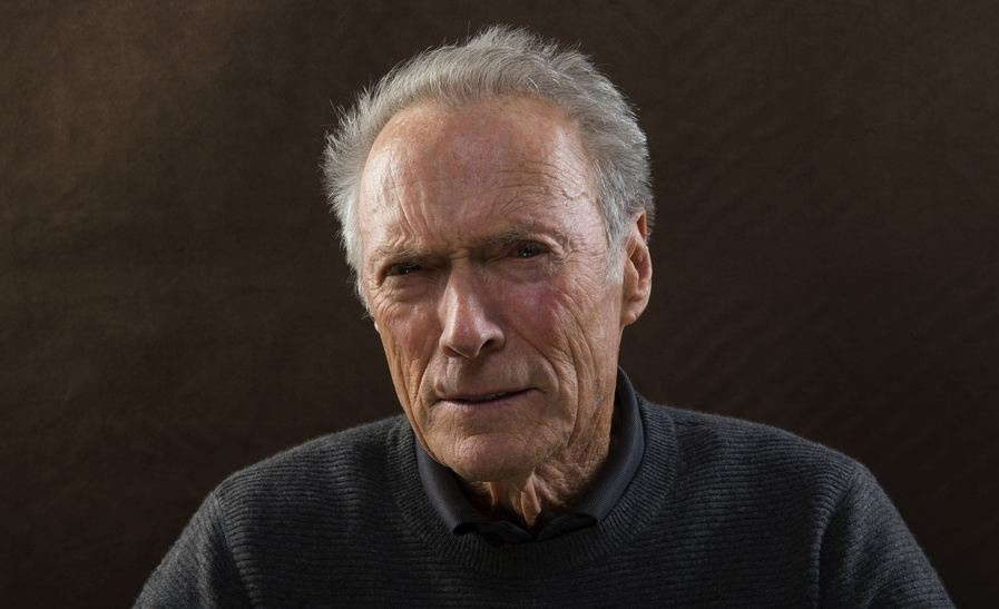 Redes sociales caen en la trampa por la falsa muerte de Clint Eastwood