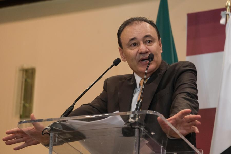 Hay detenidos en el asesinato de la familia LeBarón: Alfonso Durazo