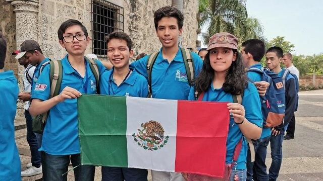 Jóvenes mexicanos arrasan en Olimpiada de Matemáticas; Del Toro los apoyará para que sigan compitiendo