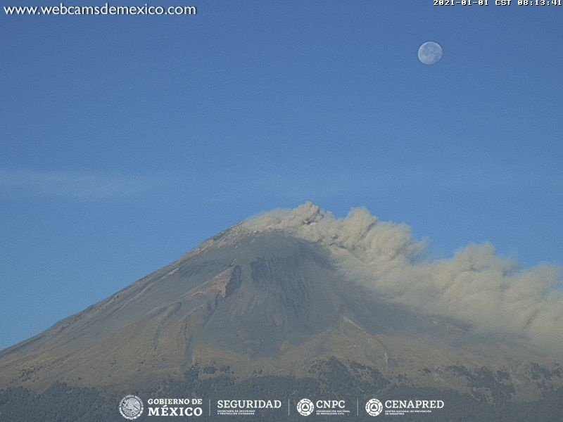 Popocatépetl inició 2021 con una explosión