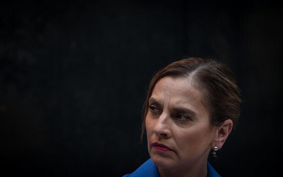 Beatriz Gutiérrez se manifiesta ante ataques con petardo a Palacio Nacional
