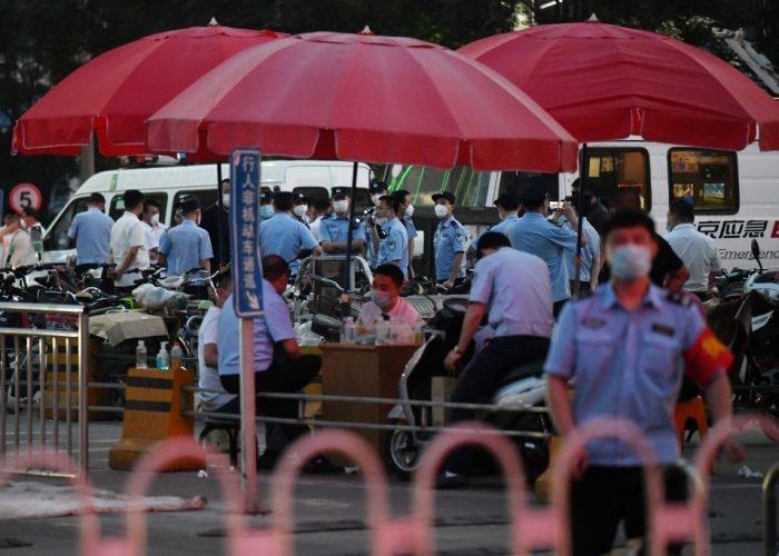 Van al confinamiento 11 zonas residenciales de Pekín, por nuevos brotes