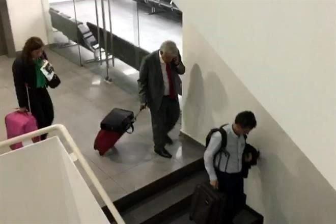 López Obrador, en trayecto a Washington para reunirse con Trump