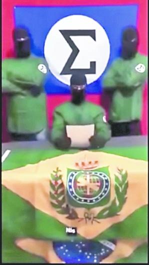 Bomba molotov sacude productora que retrata a Jesús como gay