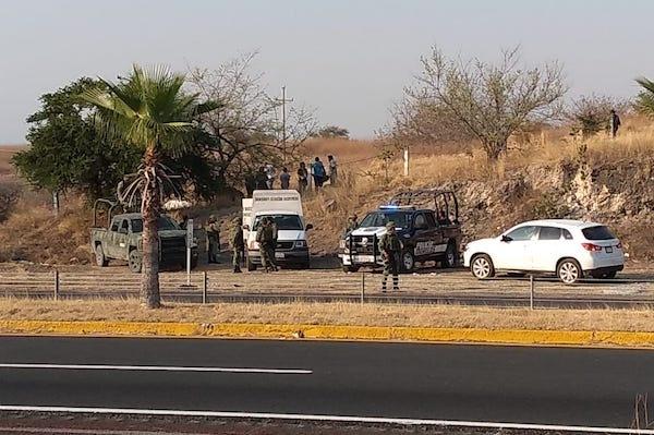 Falla en paracaídas deja dos muertos en Tequesquitengo