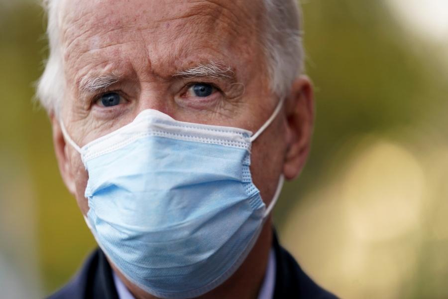 Joe Biden supera a Donald Trump por 7.2 en los últimos sondeos