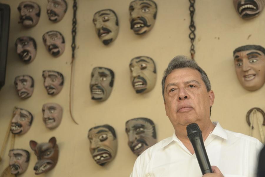 Citan a declarar al ex gobernador de Guerrero, Ángel Aguirre por Ayotzinapa