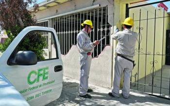 CFE corto 693 mil servicios, la mayoría de uso doméstico