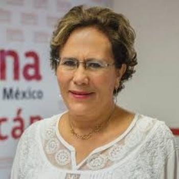 El Congreso Nacional Extraordinario de Moren va: Bertha Luján