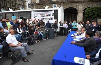 Continúan mesas de trabajo entre autoridades de CDMX y transportistas