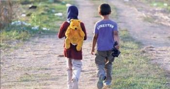 Exigen dar a conocer paradero de menores de edad deportados de EU a México