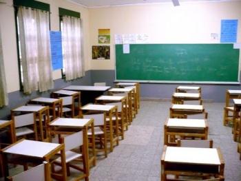 Adeudos afectan a las escuelas