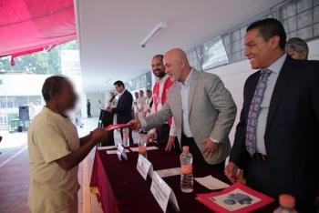 Reconocen la labor de maestros en reclusorios de la CDMX