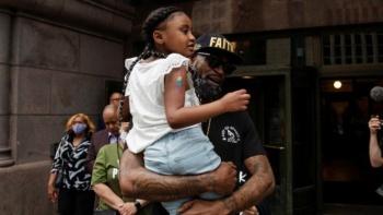 Video: Hija de George Floyd lanza emotivo mensaje sobre su padre