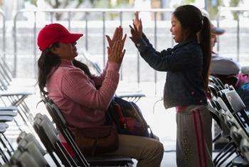 """Aprueban """"Ley Anti-chancla"""" en Jalisco; no más castigos corporales a los niños"""